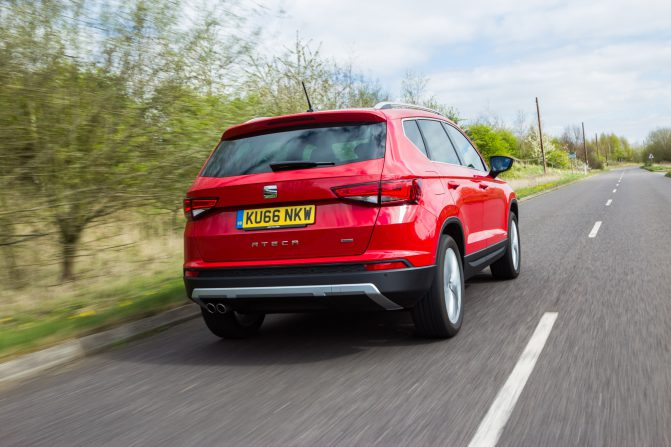 2017 SEAT Ateca Red HR 2